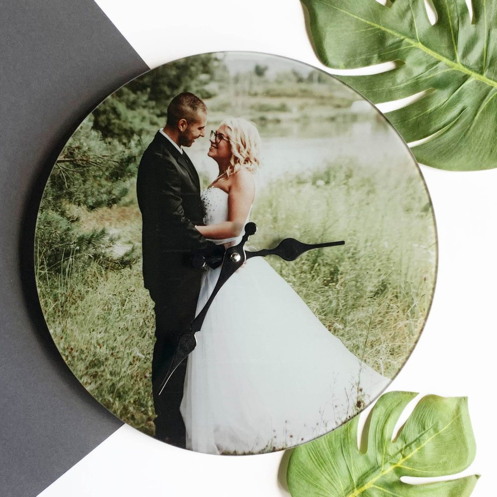 Photo-Clock-personalised-photo-gifts