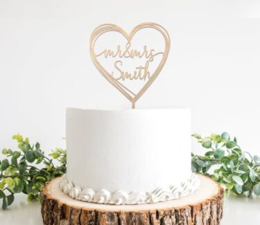 heart-shaped-cake-topper